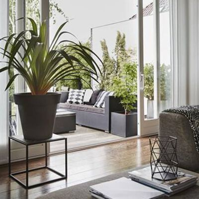 Capi plantekasse Urban Smooth firkantet 30 x 30 x 30 cm sort KBL902